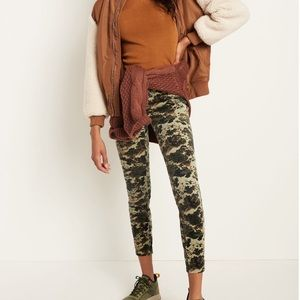 ANTHROPOLOGIE PILCRO HIGH-RISE Size 25